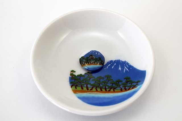 有田焼富士山お香立て 富士山松