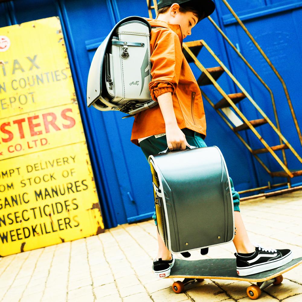 【☆毎日の通学が楽しくなるランドセル☆】  2021ニノニナランドセル『Air+ エアープラス』 ☆身幅調整が出来るランドセル☆