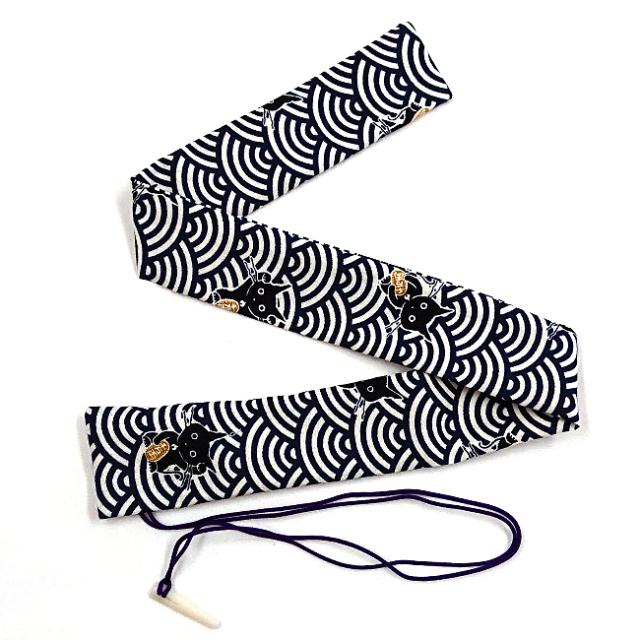 【送料無料メール便】篠笛袋・横笛袋 「青海波と黒猫」笛袋 綿100% 幅約45mmX長さ約600mm 篠笛適合 五本調子・六本調子・七本調子