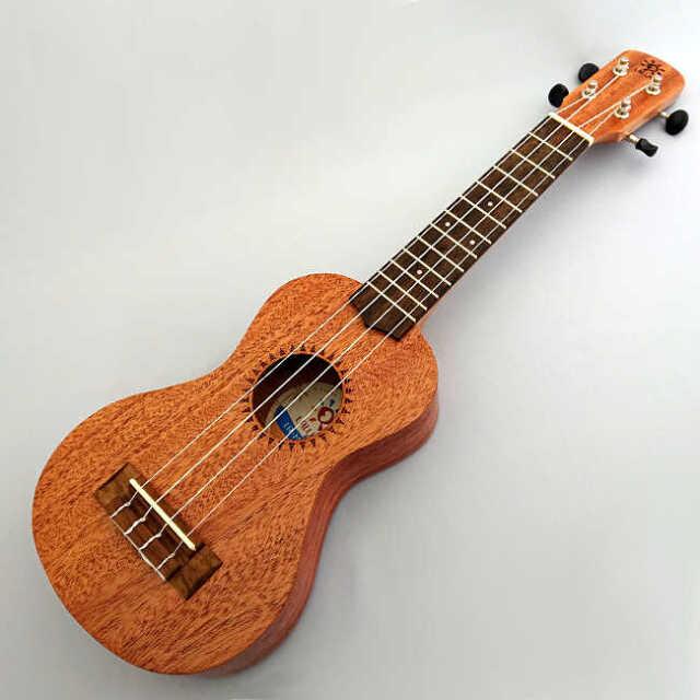 【送料無料】LALUU ソプラノウクレレ LA-MH-S 低価格帯ながら丁寧な作りで音色が良いウクレレ