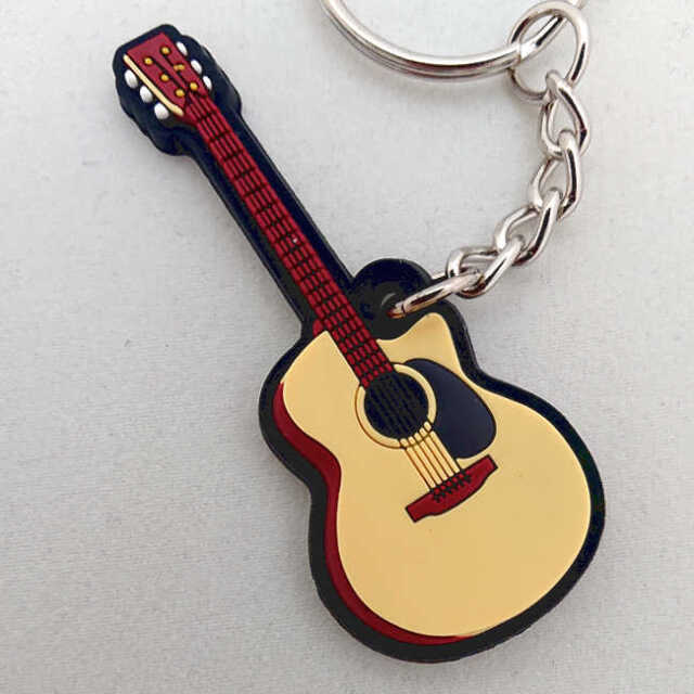 【送料無料メール便】アコースティックギター アコギ ラバーキーホルダー メーカー:MUSICIAN DESIGNER
