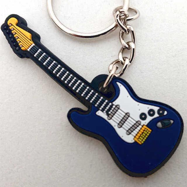 【送料無料メール便】ストラトキャスター ブルー エレキギター ラバーキーホルダー メーカー:MUSICIAN DESIGNER