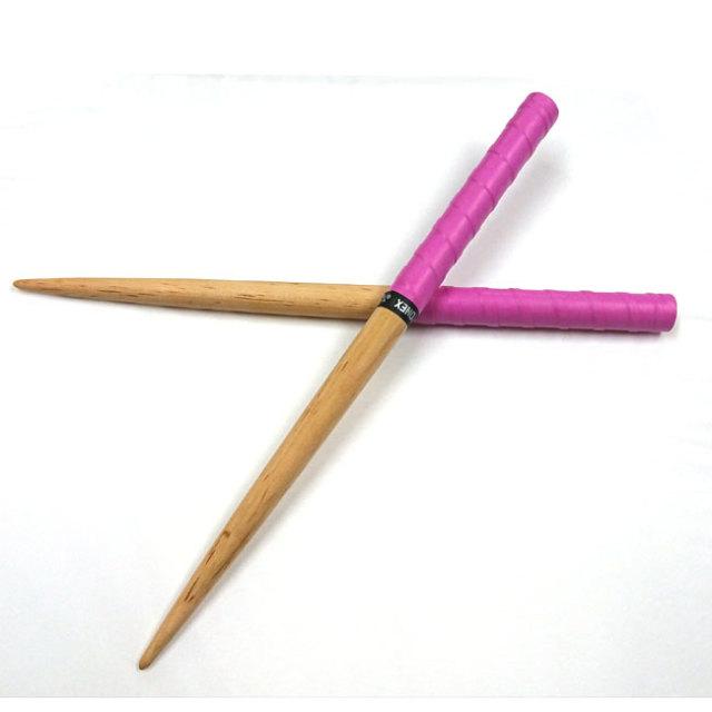 太鼓の達人 マイバチ 材質:宮崎産桜 長さ:370mm 太さ:20mm 先端:2mm 濃いピンク