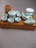 天然竹製茶盤付き牡丹紋中国青磁茶器セット
