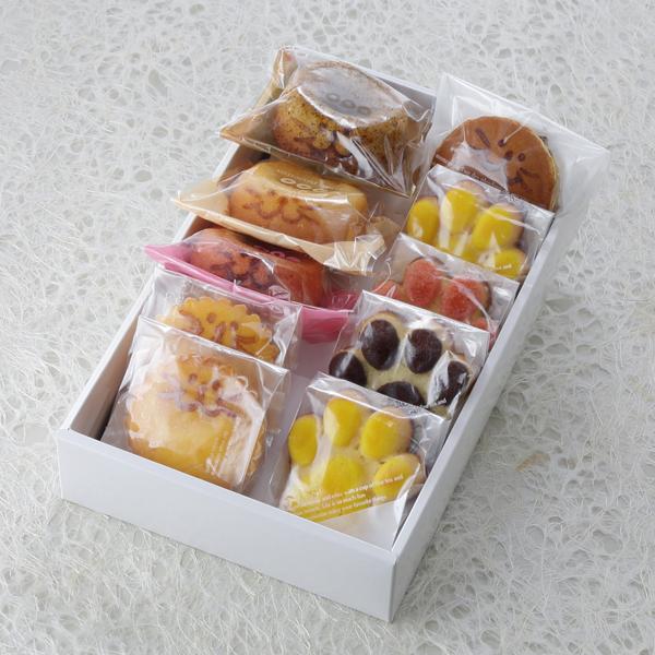 お菓子,デザート,焼き菓子,マドレーヌ,にくきゅう
