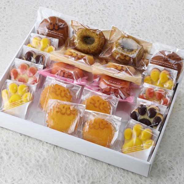 お菓子,デザート,焼き菓子,マドレーヌ,にくきゅう,焼きドーナツ
