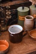 アンティーク 陶器 取手付き 茶色カップジャー