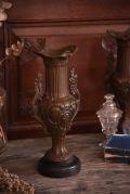 アンティーク フレンチ 花瓶 ロカイユ装飾