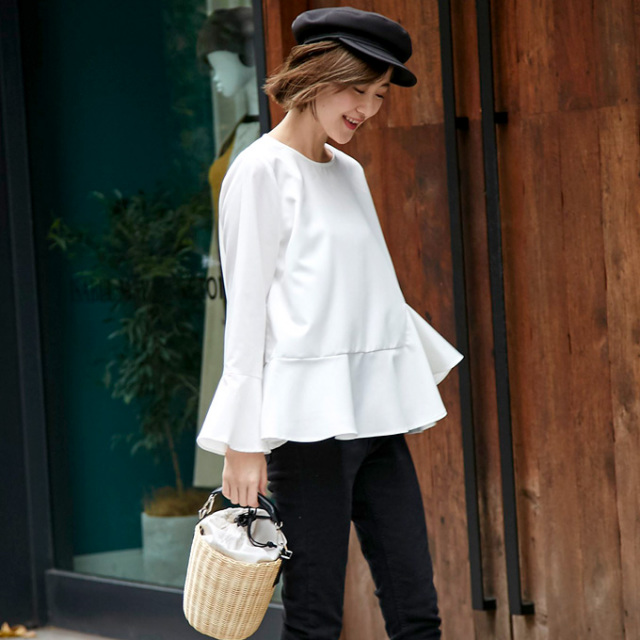 10月3日22:00再販【Hem design blouse】レディース ヘムフレア ブラウス