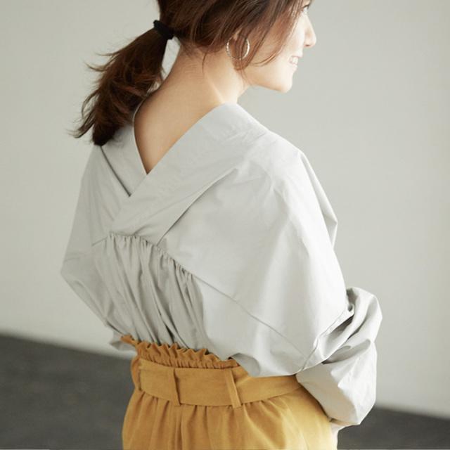 《BAILA9月号掲載》【V neck shirt】東原妙子さん着用  抜き衿 シャツ