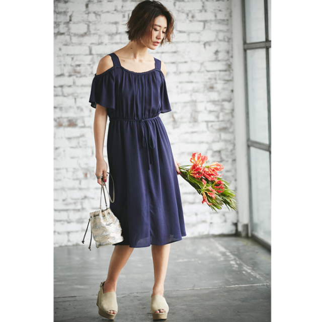 《WITH 7月号掲載》【Cut off shoulder one piece】レディース  肩見せ ワンピース