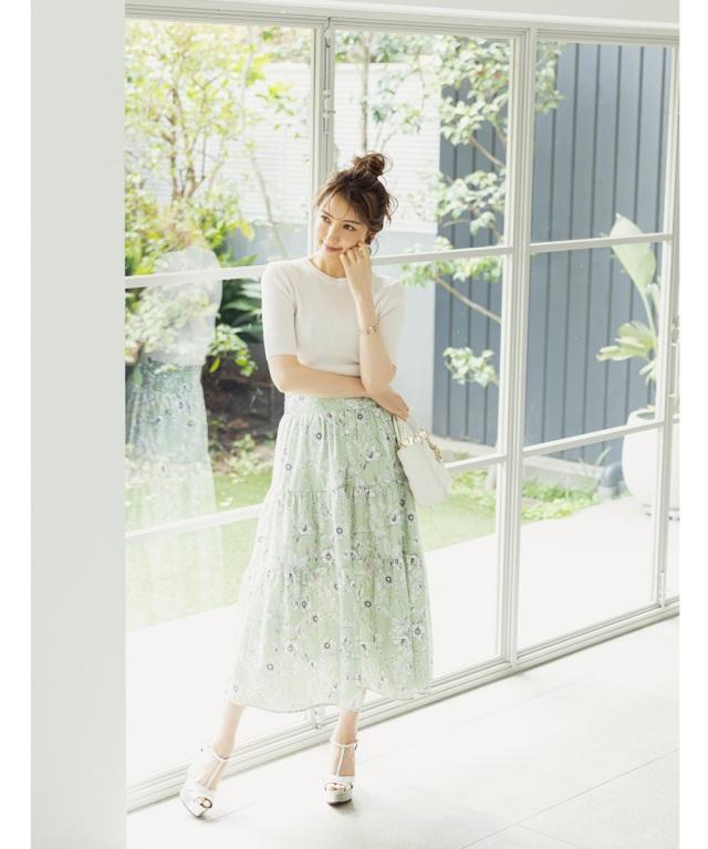 【美香さん着用】ボタニカルフラワーティアードスカート