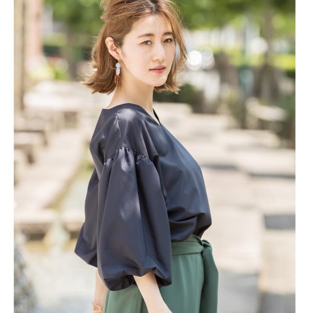【Volume sleeve V neck blouse】レディース  ボリューム袖 ブラウス