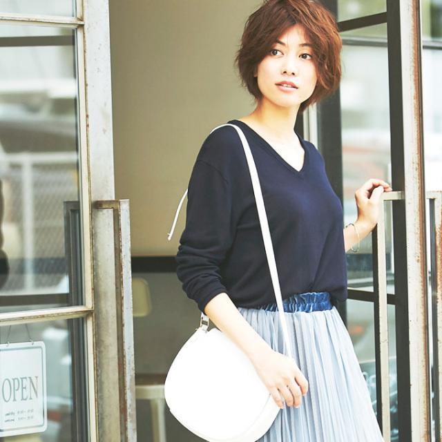 【V neck simple knit pullover】Vネック シンプル ニット