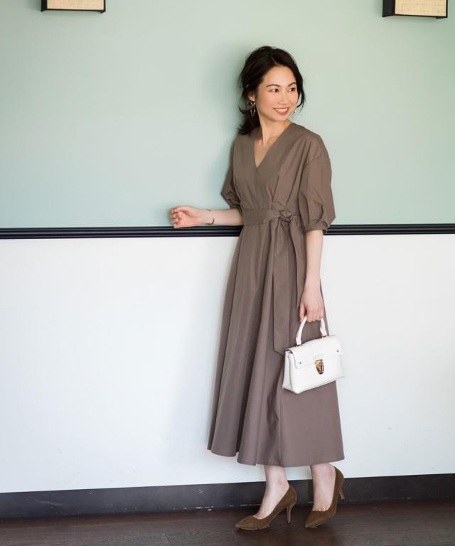 《品番拡大&再値下げ》《Noriko&Michiko Collaboration》Vネックシャツワンピース*SALE品につき返品/交換/注文確定後の変更キャンセル不可*