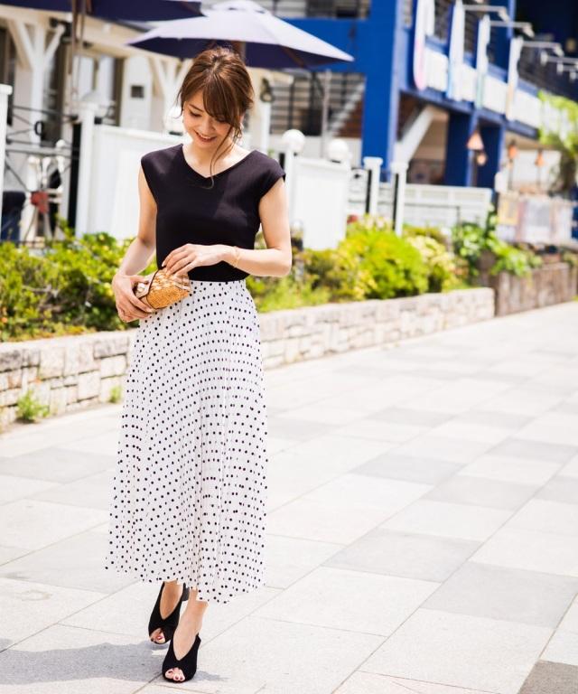 《@n.airi_taitoさん着用》ドット柄プリーツスカート