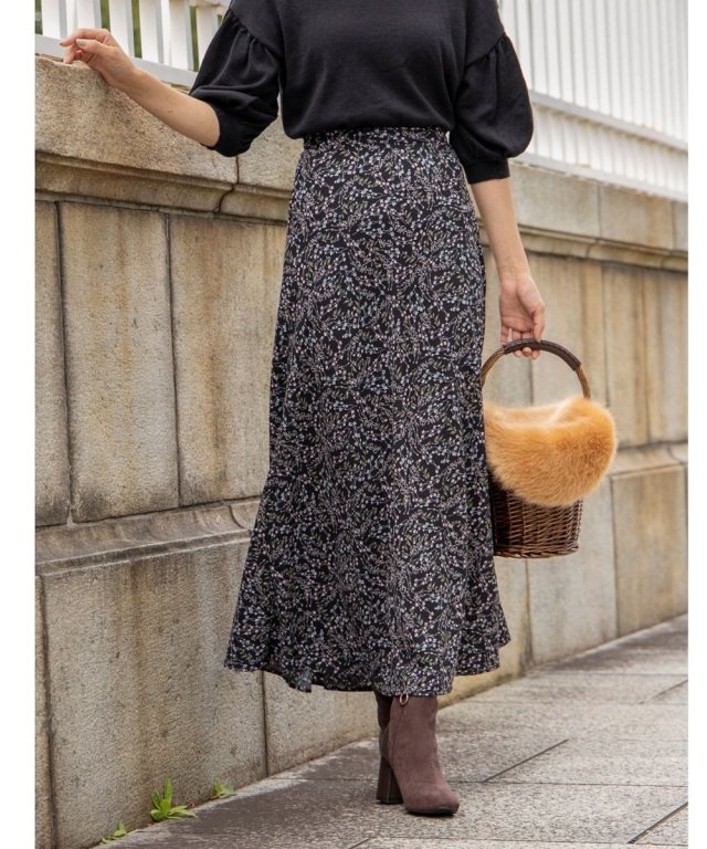 オータムフラワープリントナロースカート