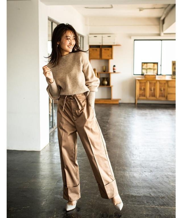 送料無料【金子麻貴さん着用】ウエストデザイン裾折り返しワイドパンツ