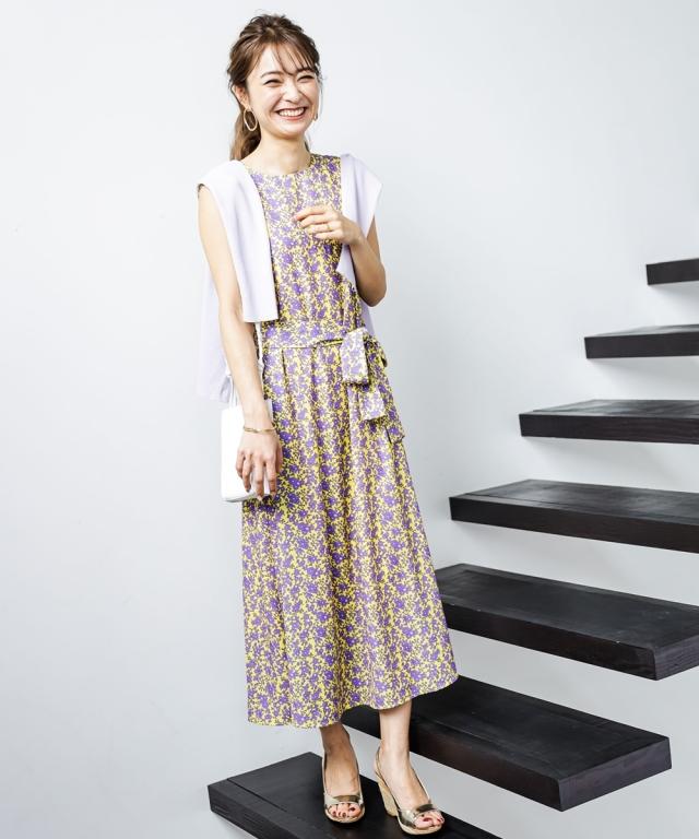 【成瀬愛里さん着用】小花フラワーワンピース>《 店舗販売は4月3日からになります 》