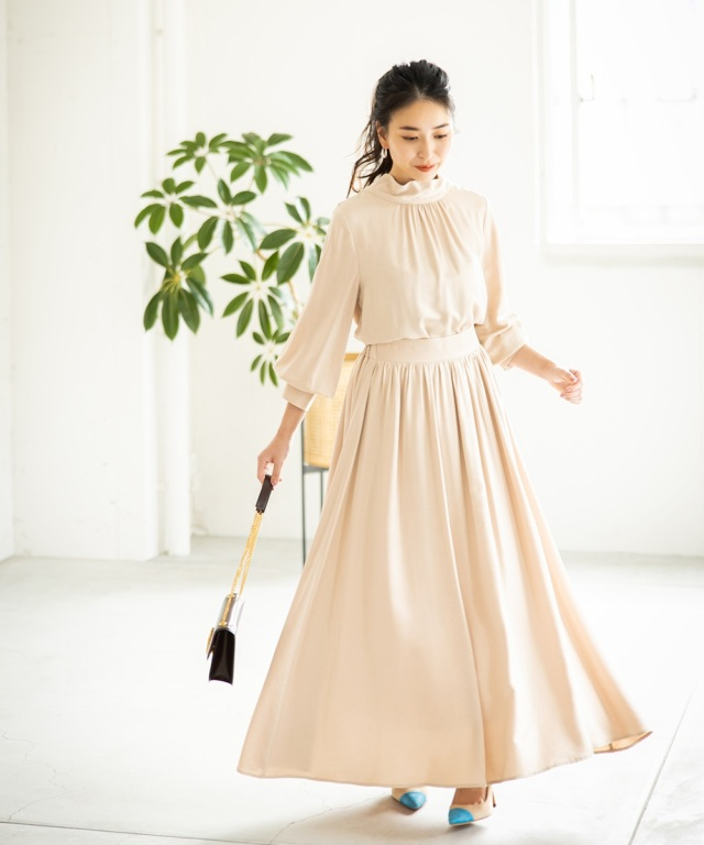 《ミサキの。使用アイテム》《岩間恵さん着用》サテンギャザーマキシスカート