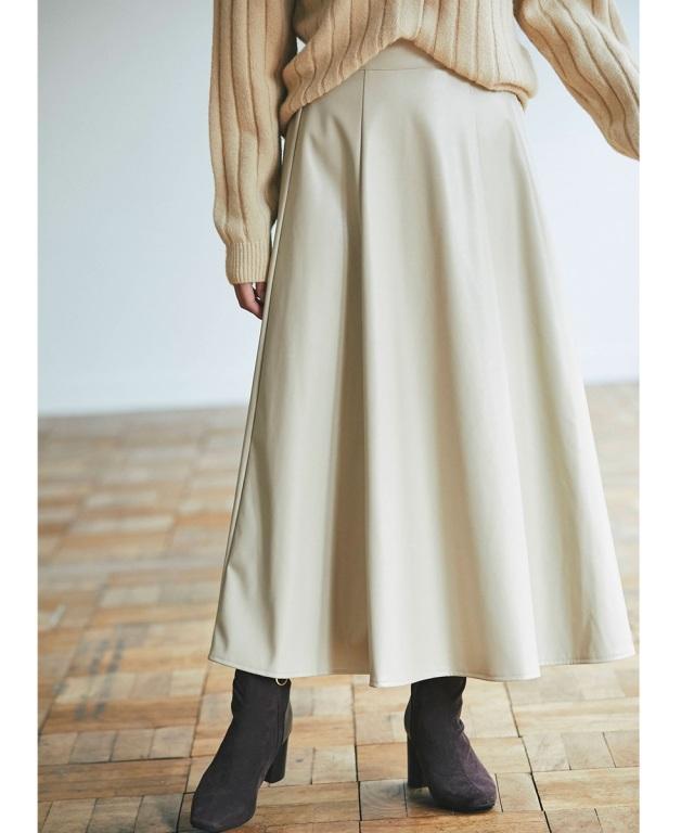 《いのうえまお。さん着用》《中の上アラサーYUUMIちゃんねる使用アイテム》エコレザーフレアスカート