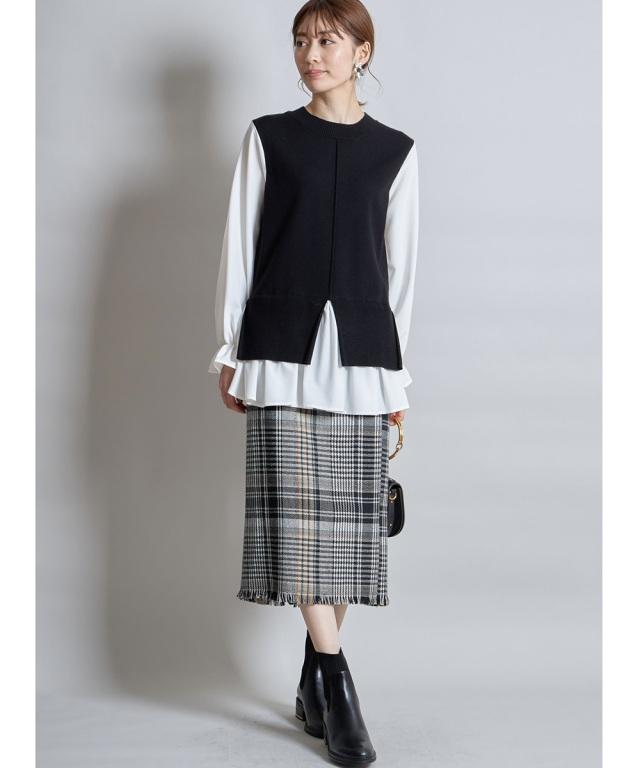 裾フリンジツイード風タイトスカート《一部店舗のみ入荷》
