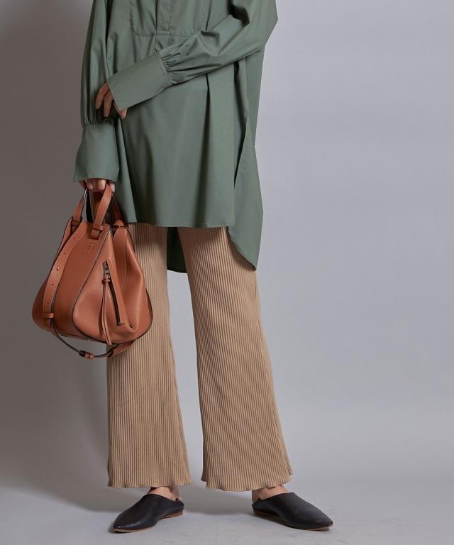 コーデュロイ裾フレアパンツ