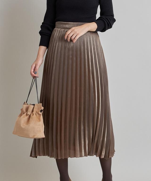 《ミサキの。使用アイテム》シャイニーポプリンプリーツスカート《一部店舗のみ入荷》