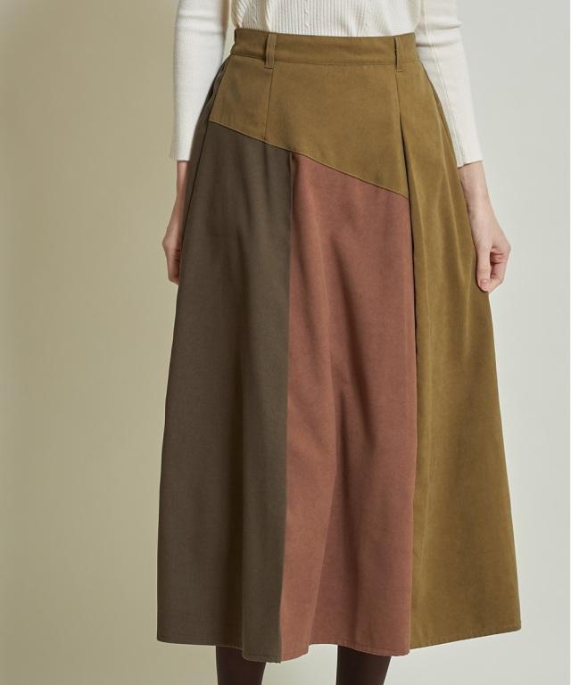 フェイクスウェード配色スカート《一部店舗のみ入荷》