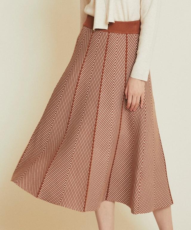 配色ニットスカート《一部店舗のみ入荷》