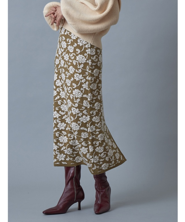 前後2WAY花柄ジャガードタイトスカート※一部店舗のみ入荷