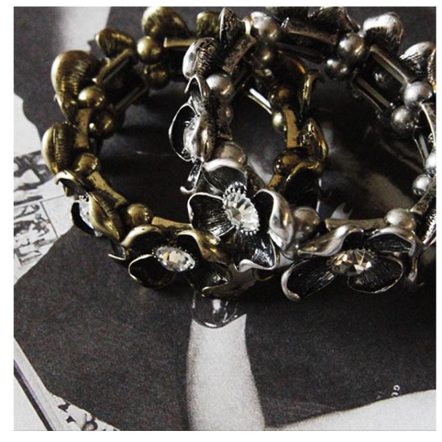【Antique flower bangle】レディース  バングル*SALE品につき返品/交換/注文確定後の変更キャンセル不可*