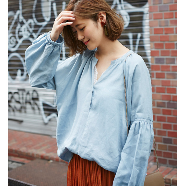【Volume sleeve linen blouse】ボリューム袖 リネン ブラウス