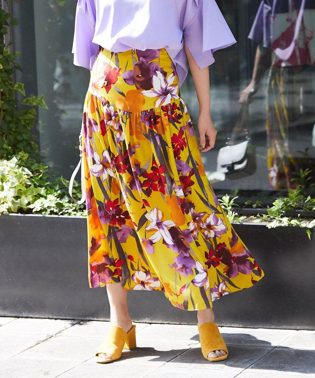 《WEB限定》花柄ロングティアードスカート