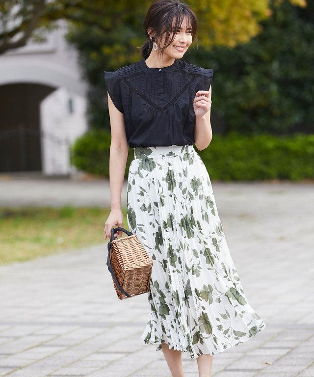 《WEB限定》レトロフラワーシフォンプリーツスカート