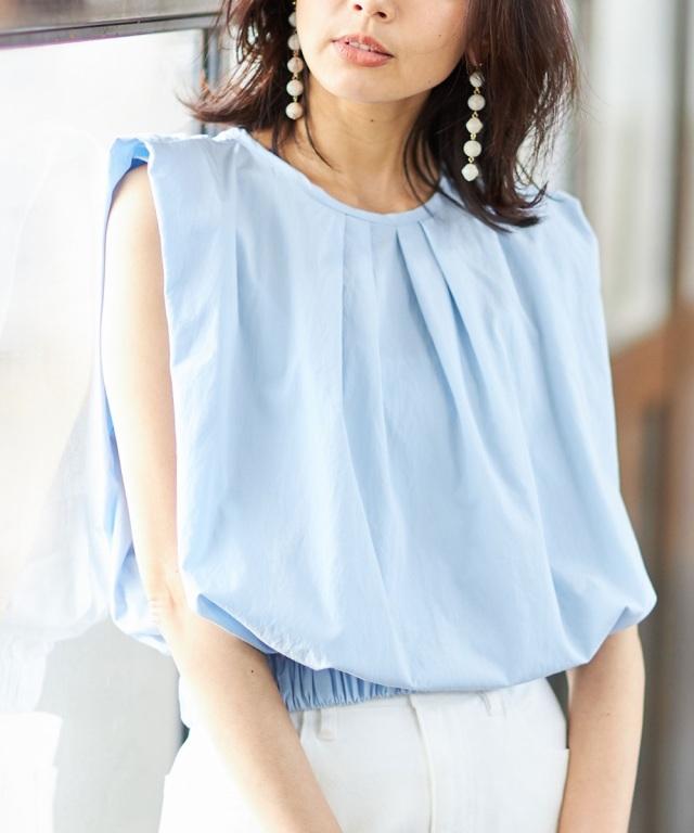 裾ギャザーノースリブラウス※店舗の販売日は2020年7月2日からになります。