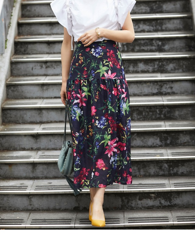 7月20日午前0:00再販!シースルー花柄ティアードスカート
