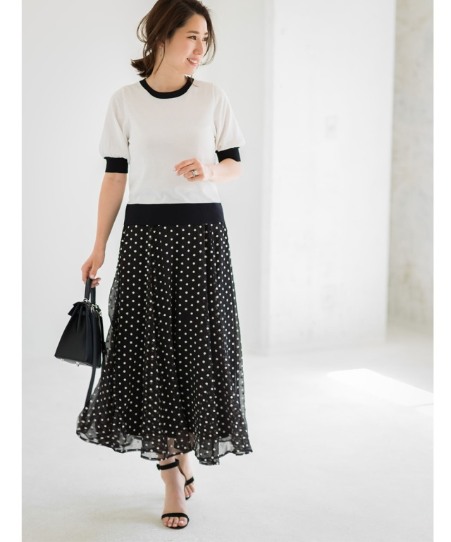 《高田麻紀子さん着用》フラワー刺繍楊柳フレアスカート