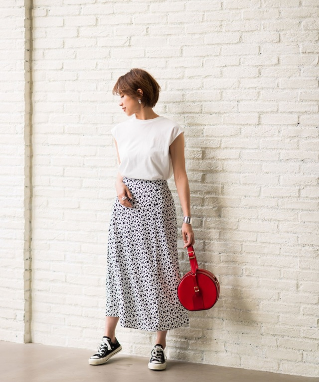 【Sサイズ企画】《@yu.rm さん着用》《@ma_anmiさんさん着用》ダルメシアン柄ナロースカート≪ 店舗販売日は4月6日からとなっております ≫