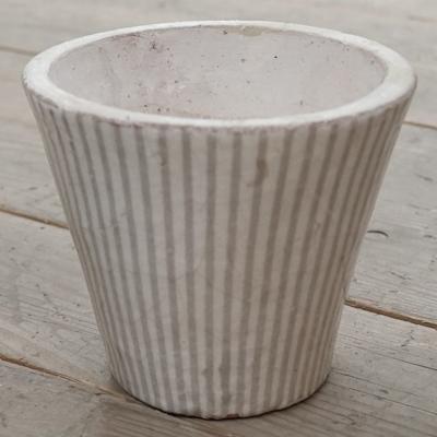 lene flower pot