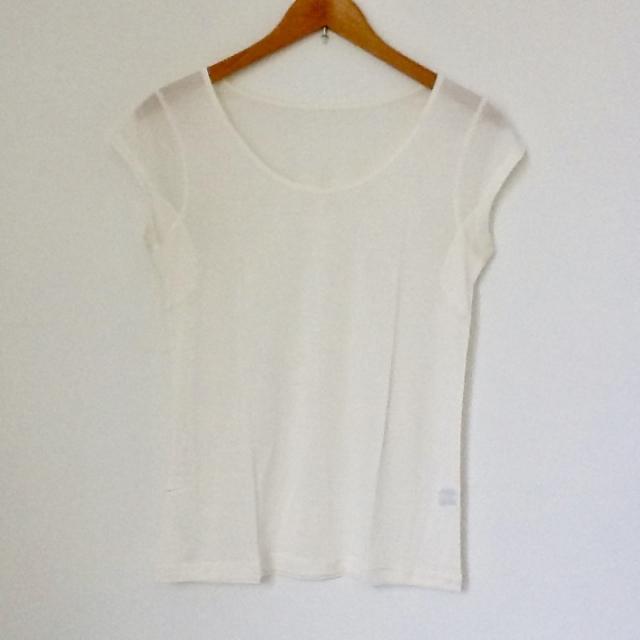 絹の肌着(汗取りTシャツインナー)