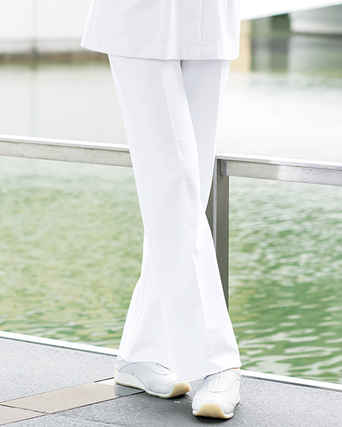 PO-2020 オンワード商事(ONWARD) レディスパンツ ホワイト