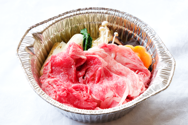 米沢牛すき焼き鍋(1人前)【冷凍】 簡易トレー盛り
