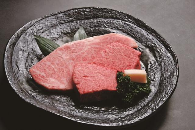 黄木の米沢牛ステーキ詰合せ(冷蔵)化粧箱入り