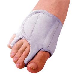 【内反小趾とつき合うこと20年】パンプス靴が原因 …
