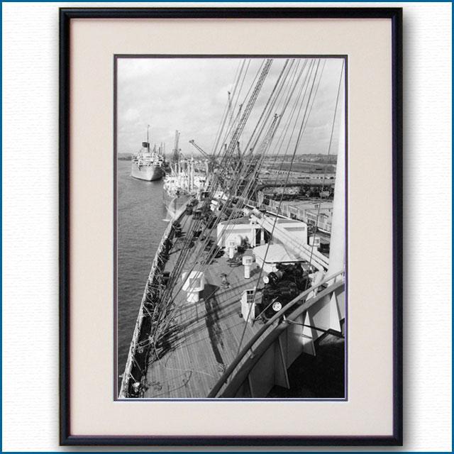 1950年代 客船クイーンエリザベス・船首楼甲板の写真 3288LL黒