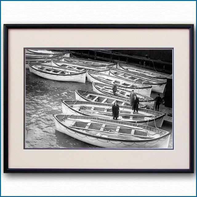 1912年 客船タイタニック・救命ボートの写真 3305LL黒