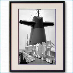 1960年代 客船フランス・ファンネルの写真 3293LL黒