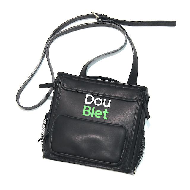 [再入荷]doublet SQUARE LEATHER BAG S BLACK