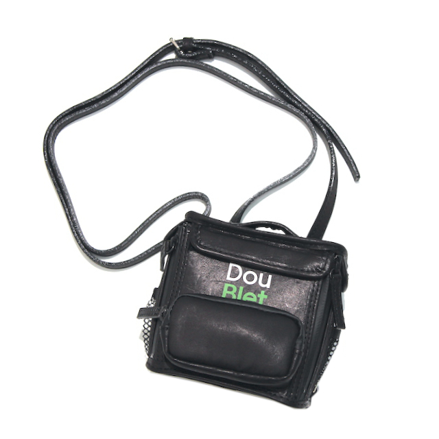 doublet SQUARE LEATHER BAG XS BLACK